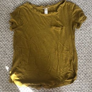 h&m mustard t-shirt with pocket